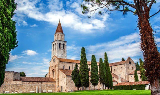 La bandiera del Friuli-Venezia Giulia